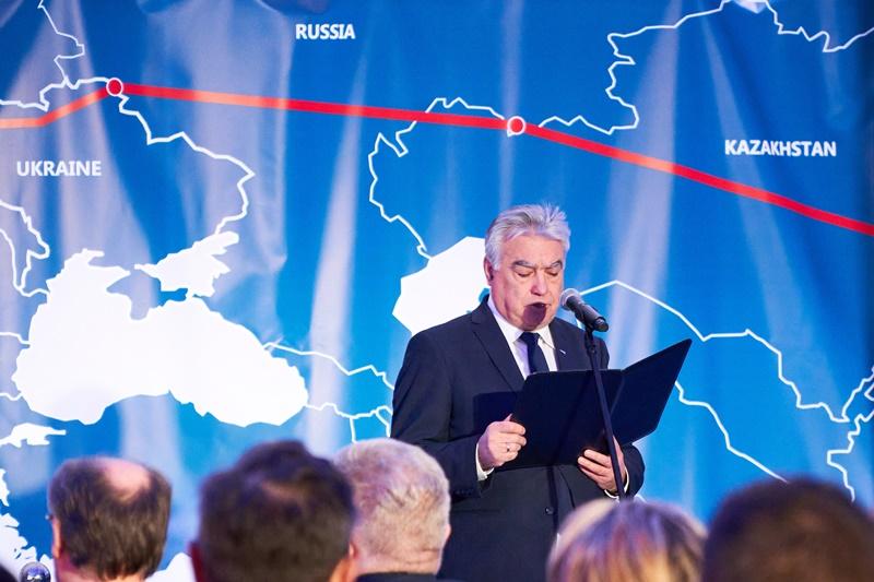 Przemawia Zbigniew Tracichleb, prezes PKP LHS