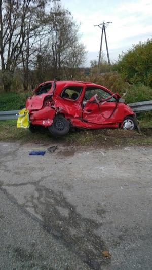 Zdjęcie samochodu po wypadku