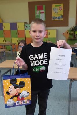 Na zdjęciu jeden z laureatów konkursu