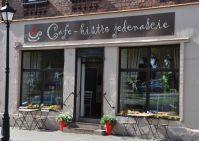 Cafe Bistro 11